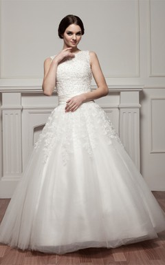 Bateau-Neck Sleeveless Ball Gown with Appliques and Tulle Overlay