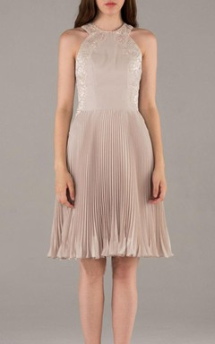 A-line Short Knee-length Halter Chiffon&Lace Dress With Ruffles