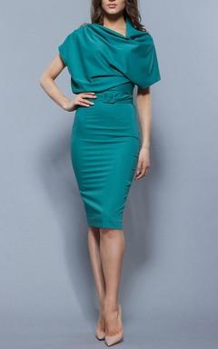 Classic Oversized Top Knee-length Dress