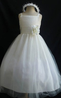 Sleeveless A-line Tulle Dress With Flower and Straps