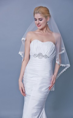 One Tier Lace Trim Mid Length Veil