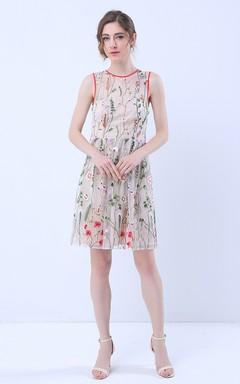 Floral Deep V-Back Sleeveless Knee Length Dress with Belt
