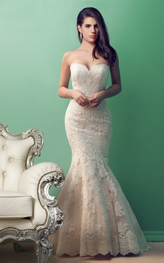Alluring Sweetheart Mermaid Lace Wedding Dress