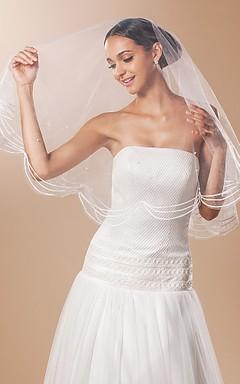 Simple and Elegant Tulle Fingertip Wedding Veil