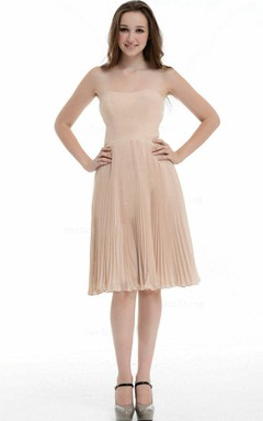A-line Knee-length Strapless Chiffon&Taffeta Dress With Ruffles