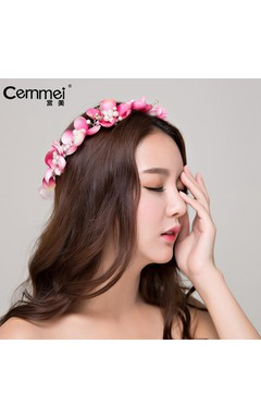 Manufacturers Wholesale Bride Korean Cute Pearl Wreath Bride Holiday Children Performance Headdress
