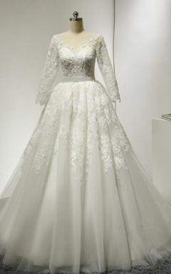 Bateau Neck 3/4 Sleeve A-Line Lace Wedding Dress With Court Train