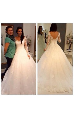 Gorgeous V-neck Lace Ball Gown With Long Sleeve and V-Back