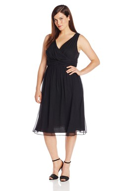 V-neckline Knee-length Chiffon Dress With Basque Waist