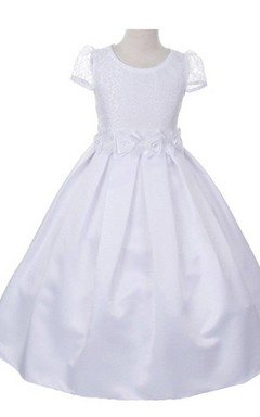 Short-sleeved A-line Dress With Lace Bodice and Flower