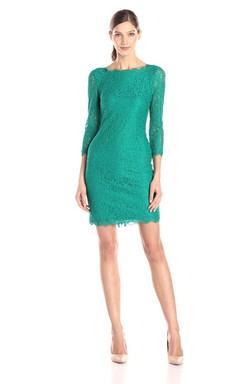3/4 Sleeved Short Lace Sheath Dress With Bateau Neck