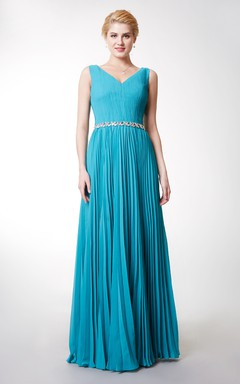 Alluring Sleeveless V-neck Ruched Long Gown with Rhinestone Embellished Waistband