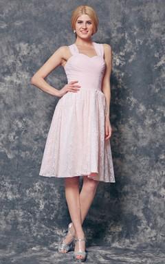 Halter Knee Length Chiffon and Lace Bridesmaid Dress