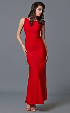 Stunning Scoop Neck Jersey Gown With Open Back