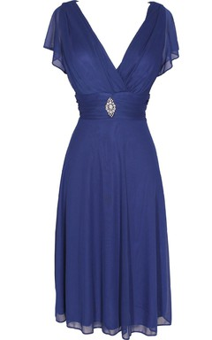 Short Sleeve V-neck Knee-length Chiffon Dress With Beading