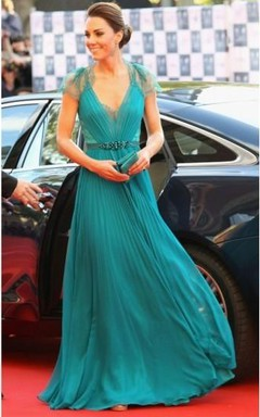 A-Line Princess Sleeveless Pleats V-neck Floor-Length Chiffon Dresses