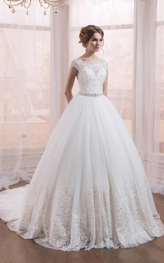 Scoop Neckline Ball Gown Lace Dress With Court Train And Waist Jewellery