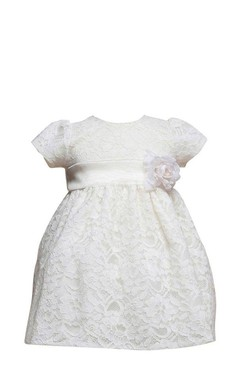 Short-sleeved Scoop-neck Lace Dress With Flower
