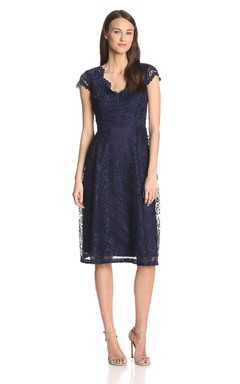 Cap-sleeved Knee-length Scalloped Neck Lace Dress