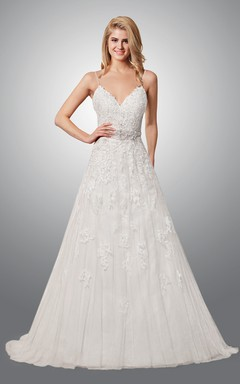 Exquisite Spaghetti Strap Lace Wedding Dress With Open Back