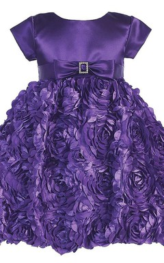 Short-sleeved Scoop-neck Dress With Petals and Bow