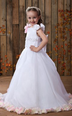 Bateau-Neck Ruched A-Line Flower Girl Dress With Appliques