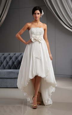 Dramatic Taffeta Lovely Dress With Bow And Draping