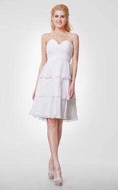 Simple Sweetheart Knee Length Chiffon Dress With Layers