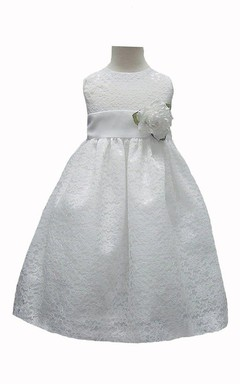 Cap-sleeved A-line Lace Dress With Flower
