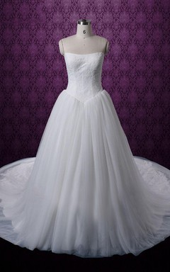 Strapless Long Tulle Ball Gown With Lace Bodice