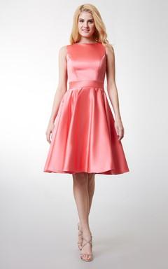 Glamorous Sleeveless A-line Satin Dress With Keyhole