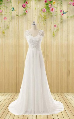 V-Neck Sleeveless Tulle Wedding Dress With Appliques And Beading