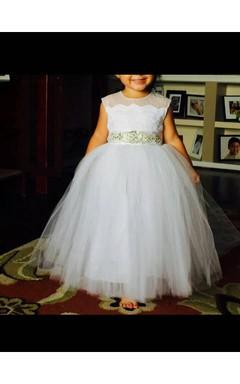 Diamond Off White Sleeveless Straight Tulle Skirt With Rhinestone Sash