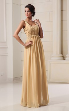 Glam Soft Flowing Fabric Maxi Dress With Draping And Square-Neck