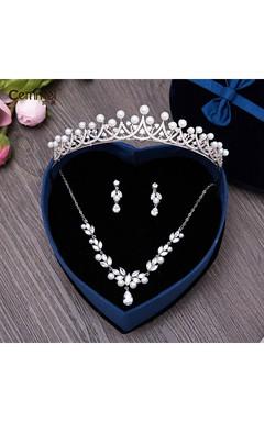 Korean-Style Micro-Bracelet Bridal Shell Pearl Crown Necklace Earrings Three Suit Headdress