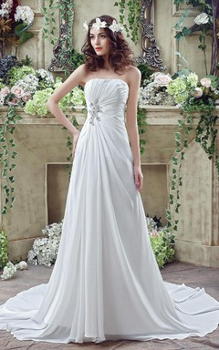 Newest Strapless White Beadings 2016 Wedding Dress A-line Sweep Train