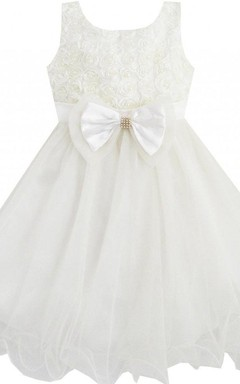 Sleeveless A-line Ruched Dress With Beadings and Bow