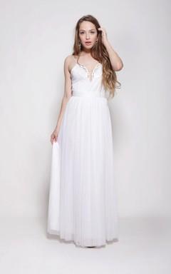 Hippie Spaghetti Strap A-Line Chiffon Wedding Dress With Appliqued Collar