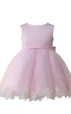 Cap-sleeved A-line Dress With Appliqued Hemline