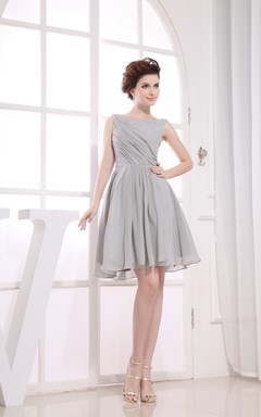 Bateau-Neck Sleeveless Chiffon Knee-Length Dress With Ruching