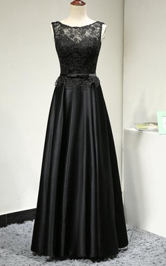 Sleeveless Lace Top Satin Dress With Belt