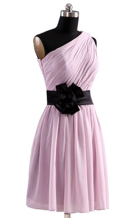 Modern One-shoulder Short Dress With Floral Belt