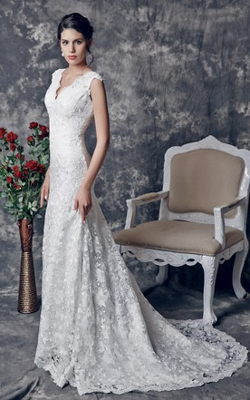 ... 1920u0027s Vintage Inspired V Shaped Back Cutout Brush Train Trumpet Wedding  Dress