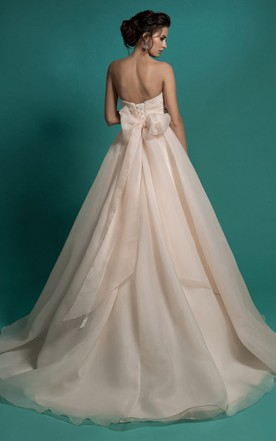 02bf141b47b ... A-Line Long Sweetheart Sleeveless Lace-Up Organza Dress With Ruching  And Appliques