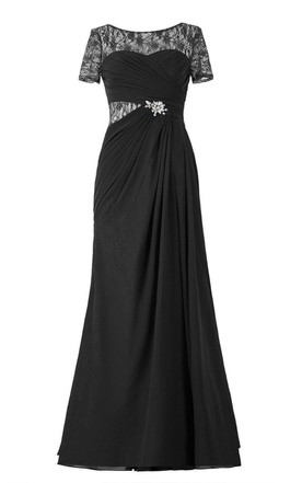 Short-sleeved Chiffon Gown With Illusion Style