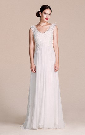 Sleeveless V Neck Chiffon Dress With Lace Bodice