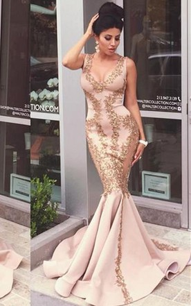 Sexy Sleeveless Mermaid Evening Dress Appliques Sweep Train