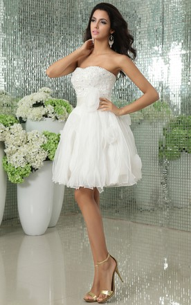 Short Sweetheart Sleeveless Dress With Flowers And Satin Sash