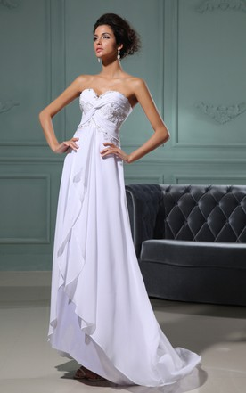 Sweetheart Sleeveless Crisscross Front Gathering Gown With Brush Train