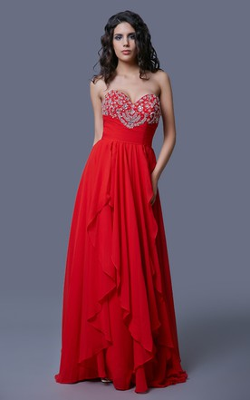 Romantic Strapless Sweetheart Tulle Gown With Sparkling Beadworks